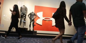 Under Armour shares tank as retailer faces forecasting sales drop in 2020